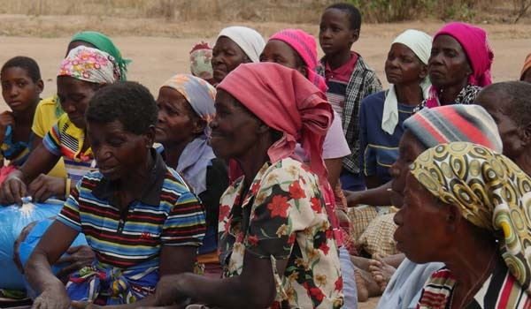 Mujeres agricultoras del medio rural mozambiqueño