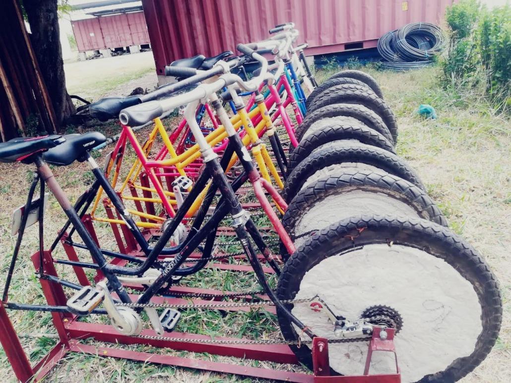 10 de nuestras bici-bombas antes de su instalación